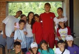 I ragazzi della SAT con i campioni a San Marino 2009