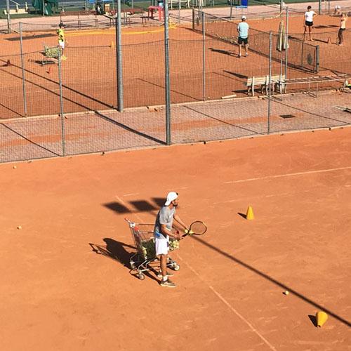 tennisclubvalmarecchia_05_500x500