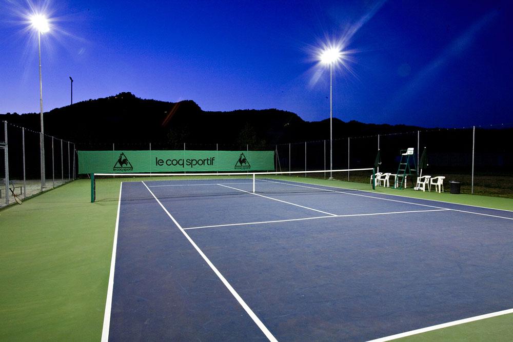 campo tennis sintetico